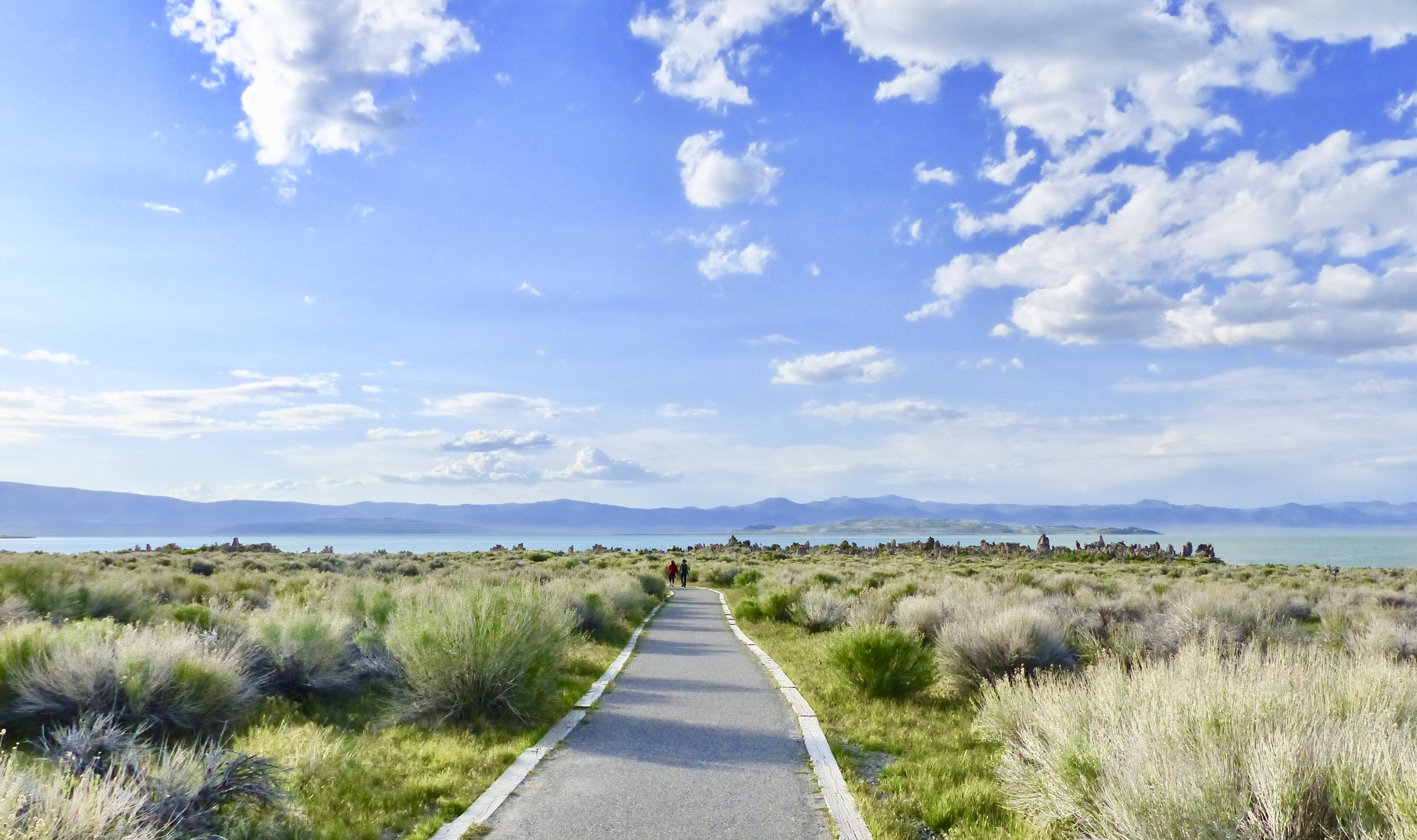 walkway to tufa state park